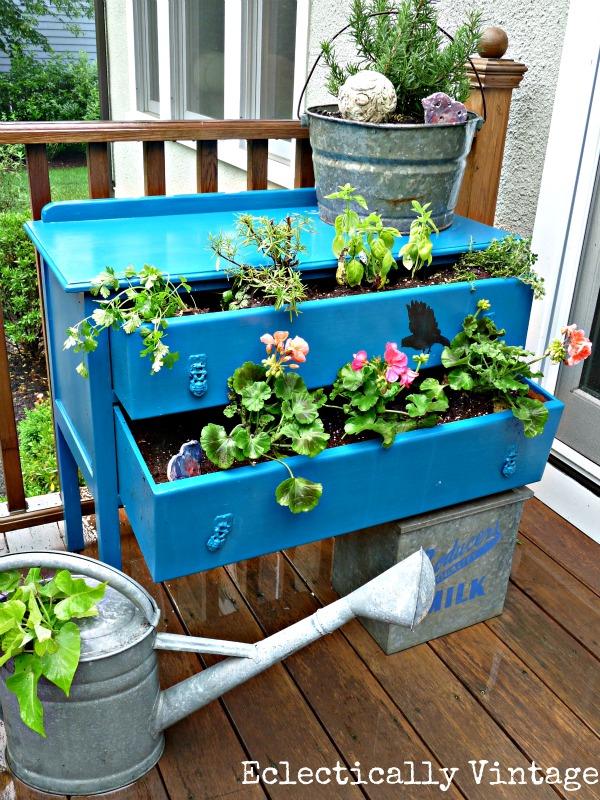 Yard repurpose projects, repurpose DIYs, gardening, yard projects, DIY yard projects, popular pin, landscape ideas.