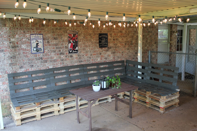 13 Diy Patio Furniture Ideas That Are Simple And Cheap Bees And Roses