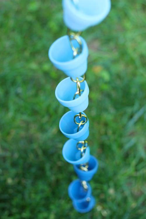 Rain Chain Ideas, DIY Rain Chain Idea, Garden Ideas, Gardening, Outdoor DIY, Gardening Ideas