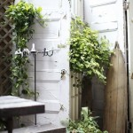 Living fence ideas, fence ideas, gardening, outdoor privacy, popular pins, landscaping, yard privacy hacks.