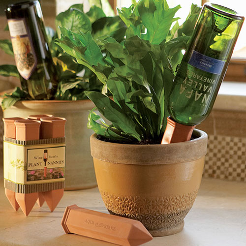 Container gardening, DIY container gardening, gardening hacks, popular pin, gardening tips, vegetable gardening.