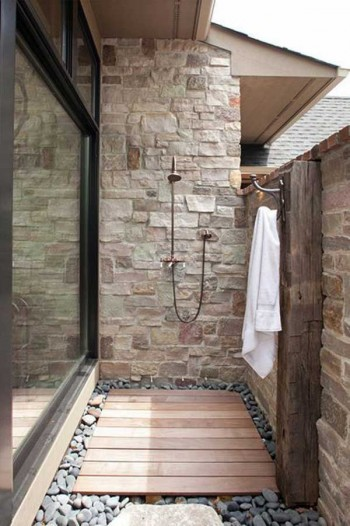 Outdoor showers, outdoor living, DIY outdoor projects, outdoor projects, popular pin, DIY, landscaping inspiration, yard and landscape.