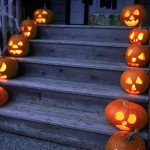 Halloween porch decorations, DIY halloween, holiday porch decor, DIY Halloween, DIY decorations.