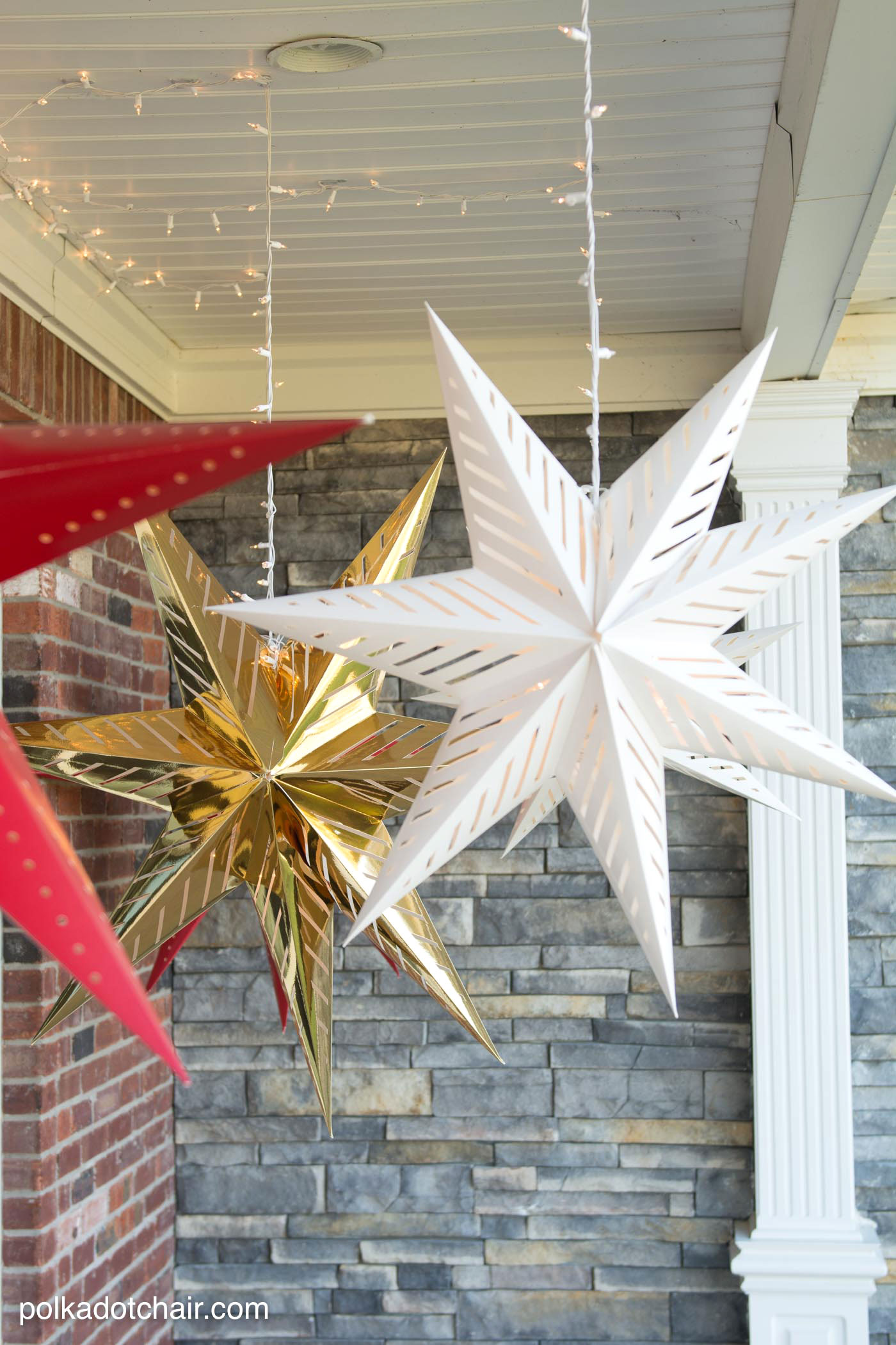 14 Adorable Diy Holiday Porch Decor Ideas Bees And Roses