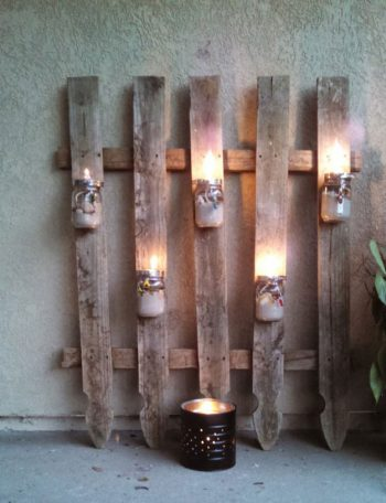 pallet-garden-projects-fence-with-mason-jar-lighting