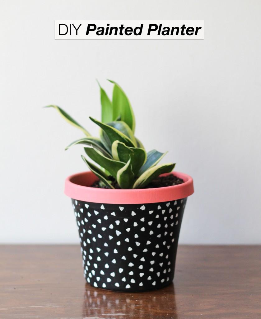 DIY Garden Planters, Painted DIY Garden Planters, Garden Planter Projects, Gardening Projects, GArden Ideas, Gardening Ideas