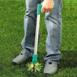 12 Top Gardening Tools Everyone Should Own-Gardening Tools, Tools for Beginner Gardeners, Gardening for Beginners, Cool Gardening Tools, Gardening Tips and Tricks, Garden, Garden 101, Popular Gardening Pins, Indoor Gardening, Outdoor Gardening