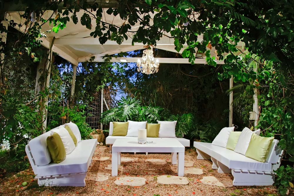 Outdoor Seating, Outdoor Seating Ideas, DIY outdoor Seating, Easy Outdoor Seating, Outdoor Seating Design, Seating Design