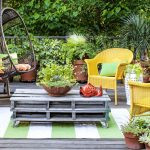 8 Ways to Make the Most of Your TINY Garden| Tiny Garden, Tiny Garden Ideas, Garden, Small Garden, Small Space Garden, Gardening, Gardening Hacks, Gardening Tips and Tricks, How to Landscape Your Small Yard, Small Garden Design Tips and Tricks, Popular Pin