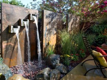Super Simple DIY Outdoor Water Features| Outdoor Water Features, DIY Outdoor Water Features, Outdoor Water Feature Projects, DIY Garden, DIY Garden Projects, Outdoor Home Hacks, Gardening, Gardening DIY