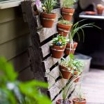 Effortless Ways to Reuse Your Pallets In the Garden - Bees and Roses| Pallet Projects, DIY Pallet Projects, Garden, Gardening Projects, Gardening Hacks #Gardening #PalletProjects #GardenProjects