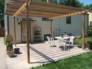 How to Build A DIY Pergola, Outdoor DIY, pergola ideas, pergolas patio ideas, pergolas attached to house, DIY projects