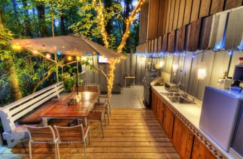 Globe Bulbs | Globe Bulb Lighting | Backyard Lighting | Bulb Lighting For the Backyard | Yard Lighting | Globe Bulb Lighting Ideas
