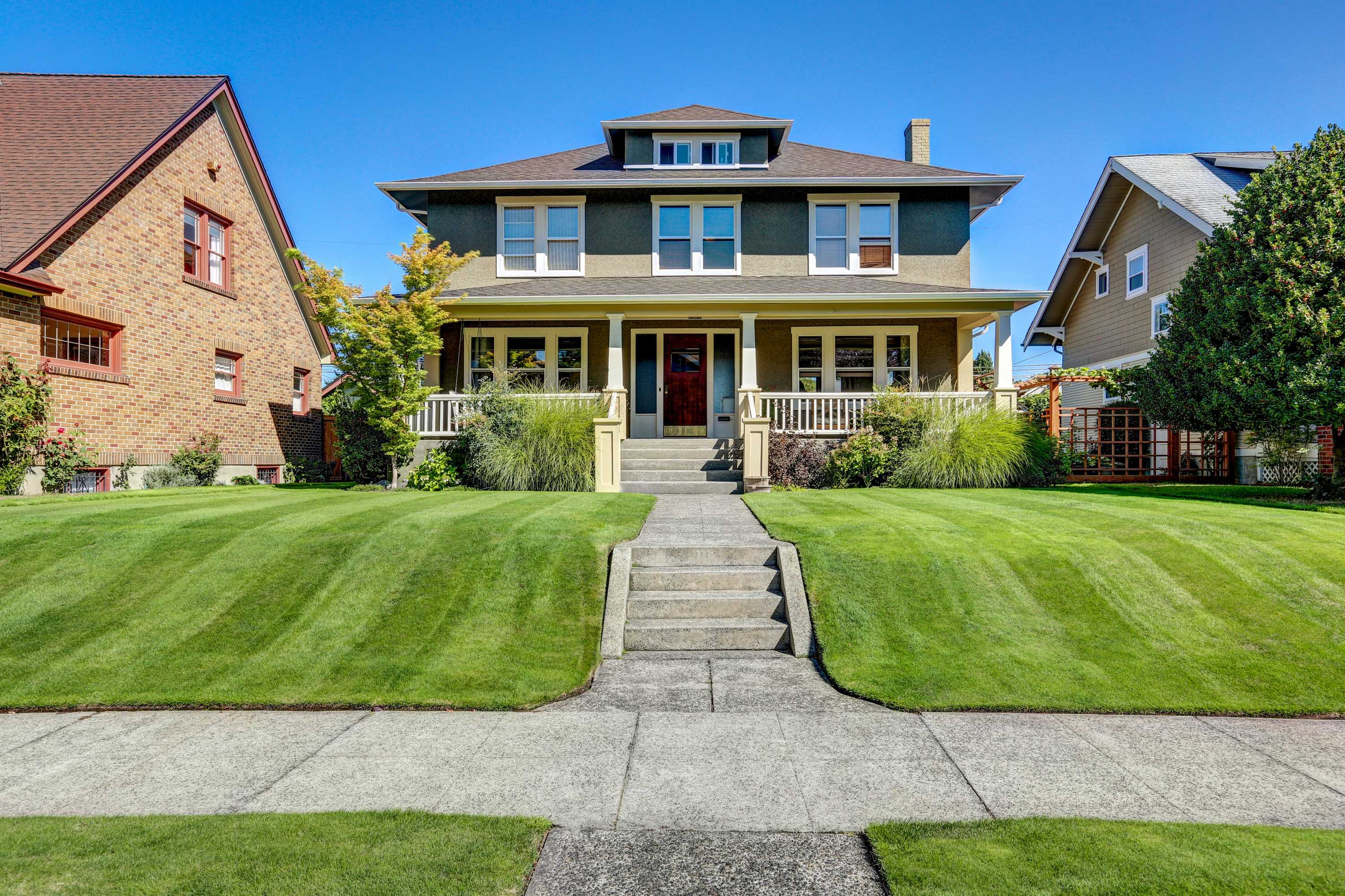 beautiful lawn | lawn care | grass | grass care | yard | beautiful yard | lawn tips | lawn tricks | tips and tricks for lawns